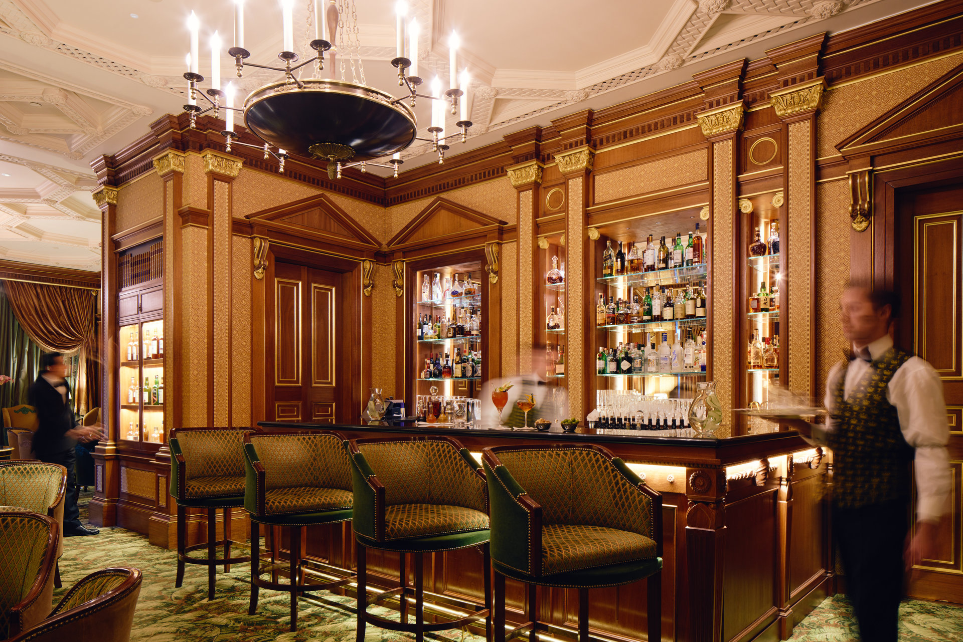 The bar at The Lanesborough Hotel in London